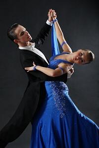Cours de valse lente marseille ecole de danse pour for Cours de danse de salon marseille